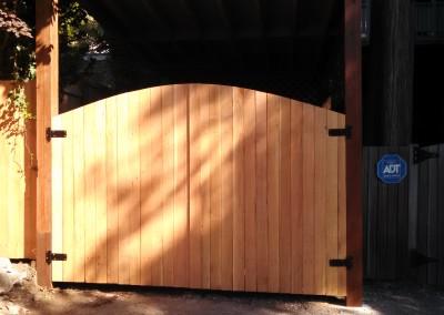 Dome Cedar Top Double Gate