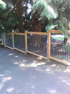 Galvanized Grid 4x4 steeped Flush Top Fence